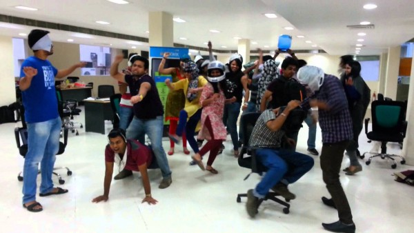 MobiKwik team doing the Harlem Shake